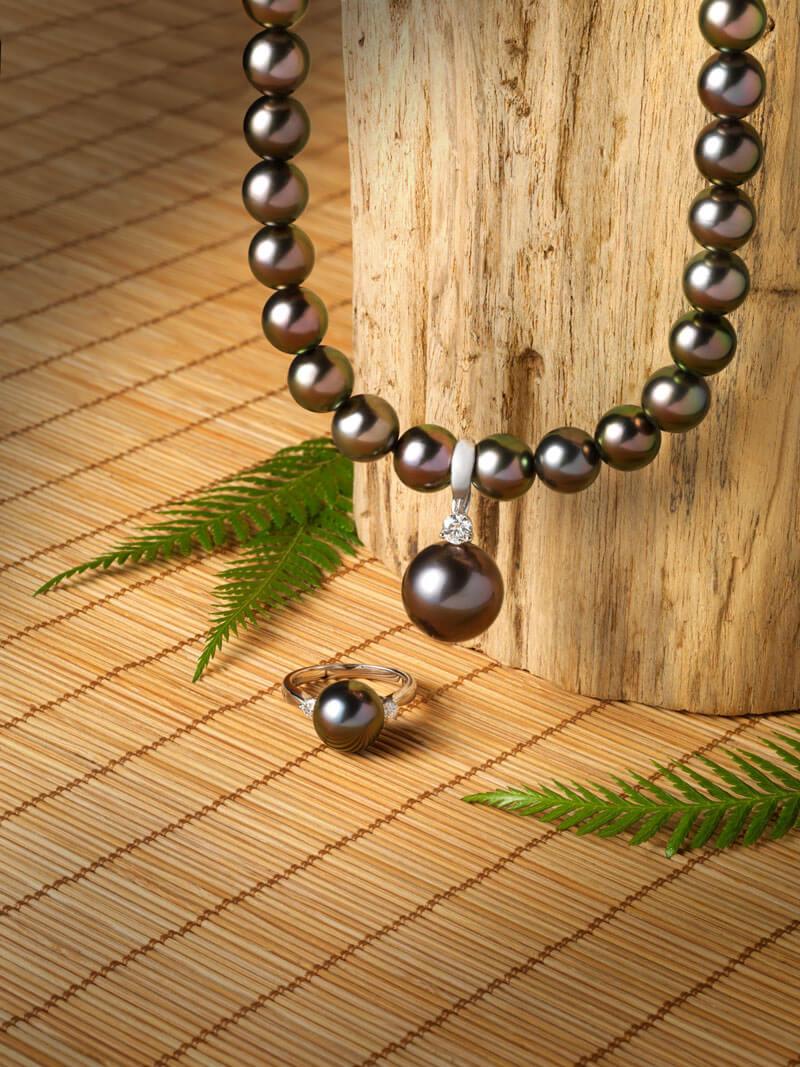 Perles de Tahiti - Collier et bague