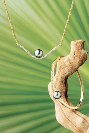 Collier et bracelet perle de Tahiti en or jaune 18 carats et diamants